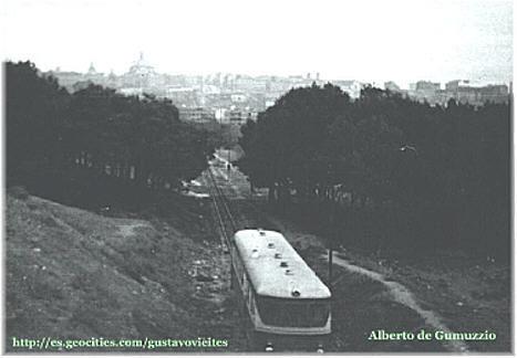 Camino hacia la Estación GOYA, hoy Calle Sepúlveda, Colaboración de D.Alberto de Gumuzzio.-