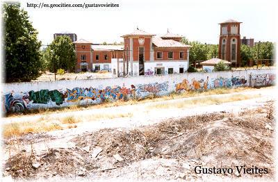 Ruinas de la Estación de Campamento, dentro del Recinto Militar.-