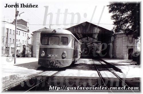 Unidad 2201 en la Estación de Goya