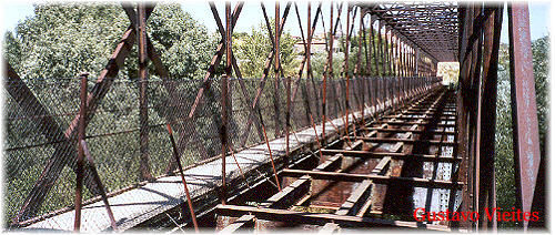 Caja en Hierro del Puente Guadarrama.-